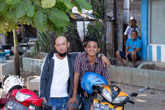 Jonge gelukkige moslimtieners Royalty-vrije Stock Foto's