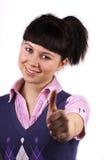 Jonge gelukkige vrouw die o.k. toont Royalty-vrije Stock Afbeelding