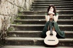 Jonge gitaaruitvoerder Royalty-vrije Stock Foto