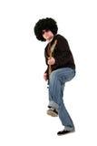 Jonge gitarist die een zwarte elektrogitaar speelt Royalty-vrije Stock Fotografie