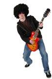 Jonge gitarist met een pruik en zonnebril Stock Fotografie