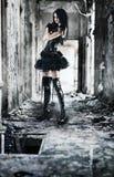 Jonge gothvrouw stock afbeelding