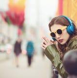 Jonge hipstervrouw Openlucht Portret Stock Fotografie