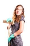 Jonge huisvrouwenreinigingsmachine Royalty-vrije Stock Foto's