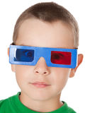 Jonge jongen met 3D glazen Stock Foto