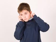Jonge jongen met cellulaire telefoon Royalty-vrije Stock Afbeelding