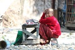 Jonge jongen in Myanmar Stock Fotografie
