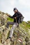 Jonge Kaukasische wandelaar Stock Afbeelding