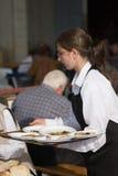 Jonge kelner royalty-vrije stock fotografie