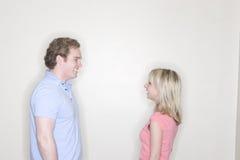 Jonge man en jonge vrouw royalty-vrije stock foto