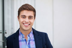 Jonge mens het glimlachen Stock Foto