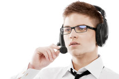 Jonge mens in hoofdtelefoon Royalty-vrije Stock Foto's