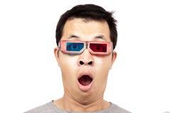 Jonge mens met 3D glazen Stock Foto
