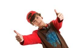 Jonge mens met dubbele omhoog duimen Stock Afbeeldingen