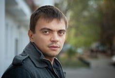 Jonge mens met een scherp oog Stock Afbeelding
