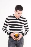 Jonge mens met glas bier Royalty-vrije Stock Afbeelding