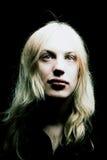 Jonge mens met lang blond haar Royalty-vrije Stock Fotografie