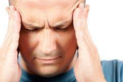 Jonge mens met migraine Royalty-vrije Stock Foto's