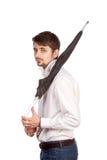 Jonge mens met paraplu royalty-vrije stock fotografie