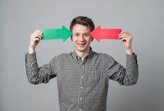 Jonge mens met pijlen Royalty-vrije Stock Afbeelding