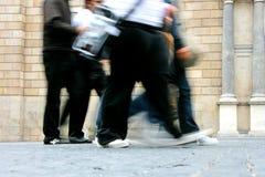 Jonge mensen het lopen Stock Afbeelding