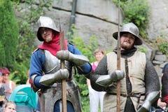 Jonge middeleeuwse militairen stock fotografie