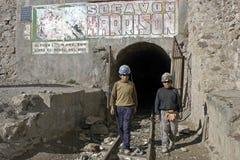 Jonge mijnwerkers, kinderarbeid in Huanuni, Bolivië Royalty-vrije Stock Fotografie