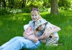 Jonge moeder royalty-vrije stock afbeeldingen