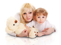Jonge moeder en weinig zoon. Royalty-vrije Stock Afbeelding