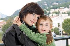 Jonge moeder met zoon royalty-vrije stock afbeelding
