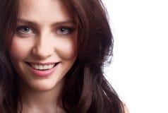 Jonge mooie gelukkige vrouw Royalty-vrije Stock Afbeeldingen
