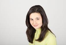 Jonge mooie glimlachende vrouw Royalty-vrije Stock Foto