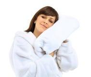 Jonge mooie vrouw in badjas met handdoek royalty-vrije stock foto's
