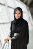 Jonge moslimvrouw stock foto