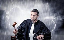 Jonge rechter met hard tijdconcept royalty-vrije stock foto