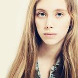Jonge schoonheid Leuk meisje De mannequin van de tiener Royalty-vrije Stock Foto's