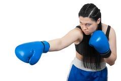 Jonge schop-bokser vrouw in bokshandschoenen Stock Afbeeldingen