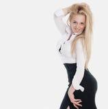 Jonge sexy blonde vrouw in wit overhemd Stock Afbeelding
