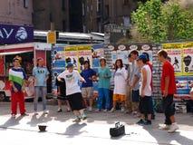 Jonge straatdansers, Poznan, Polska royalty-vrije stock afbeelding