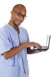 Jonge succesvolle Afrikaanse Amerikaanse mens arts, röntgenstraal Stock Afbeeldingen