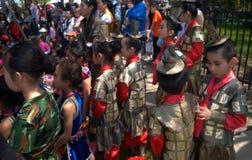 Jonge uitvoerders die wachten te gaan stock fotografie