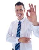 Jonge vennoot die uitstekend teken gesturing Stock Afbeeldingen