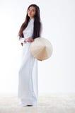 Jonge Vietnamese vrouw Royalty-vrije Stock Foto's