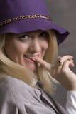 Jonge volwassen glimlachende vrouw Royalty-vrije Stock Afbeelding