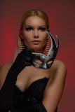 Jonge vrouw bij maskerade stock afbeeldingen