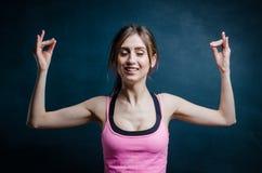 Jonge vrouw bij sport de opleiding Royalty-vrije Stock Afbeelding