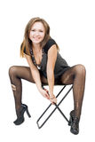 Jonge vrouw in de gescheurde kousen Royalty-vrije Stock Afbeeldingen
