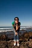 Jonge vrouw in de zon in Lanzarote, Spanje Royalty-vrije Stock Foto