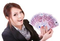 Jonge vrouw die euro geld houdt. Stock Afbeeldingen