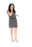Jonge vrouw die telefoon met behulp van Royalty-vrije Stock Afbeeldingen
